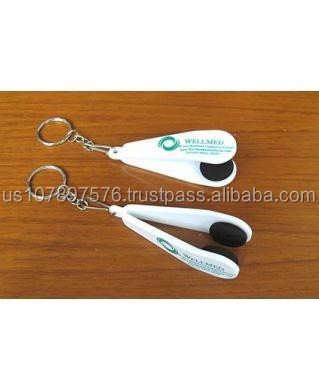 Eye glasses cleaner with key chains