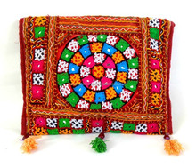 Gujarati Traditional kutch embroidery clutch handbags-Wholesale Indian embroidery clutch handbags from Gujarati