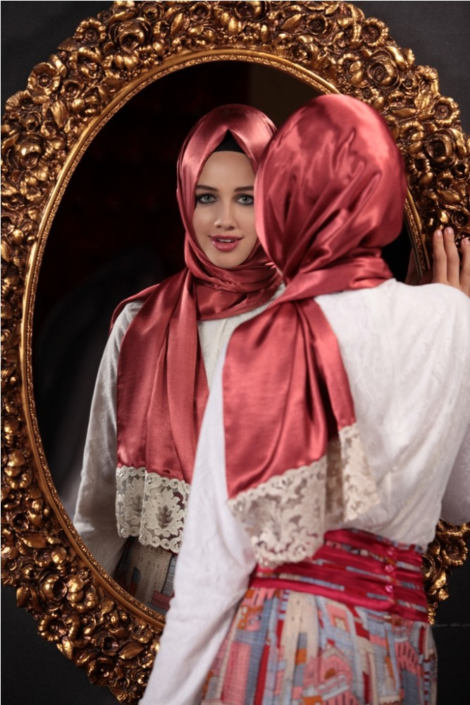 2015 New Style Exclusive High End Silk Looking Laced Hijab shawl 1051