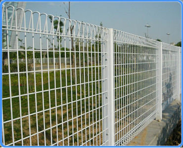 Powder coated Anti climbing welded security fence for prison