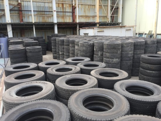 Various Types of Famous Used Passenger Car & Light, Commercial Truck Tyres in wide Range of Sizes (Japanese Brands)