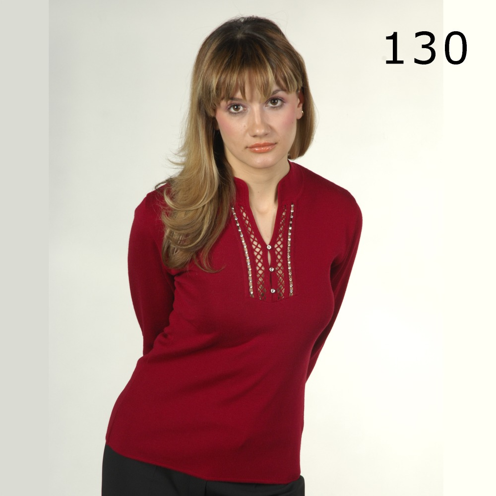 Woman chest crystal processing low-cut red sweater