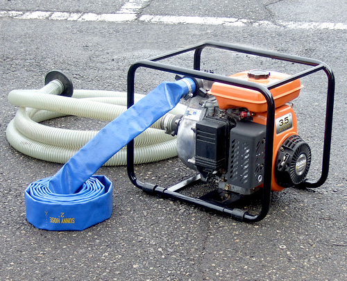 Compact medium size engine & easy to handle pump ER model for general use. Manufactured by Terada Pump Mfg. Made in Japan