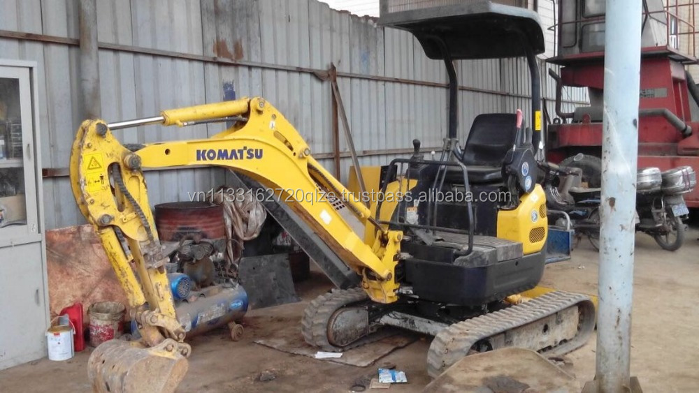 Komatsu PC15-8 Used mini excavator 1.5 ton earth moving machinery
