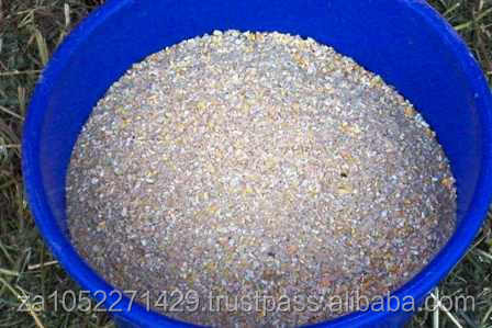 Bulk supply of Broiler Feeds/chicken feed/pig, Dog food