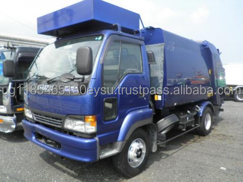 Used RHD Isuzu Forward 3.9ton Garbage truck 2005