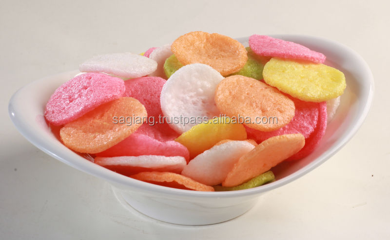 CRISPY SNACK STYLE RED PRAWN CRACKERS