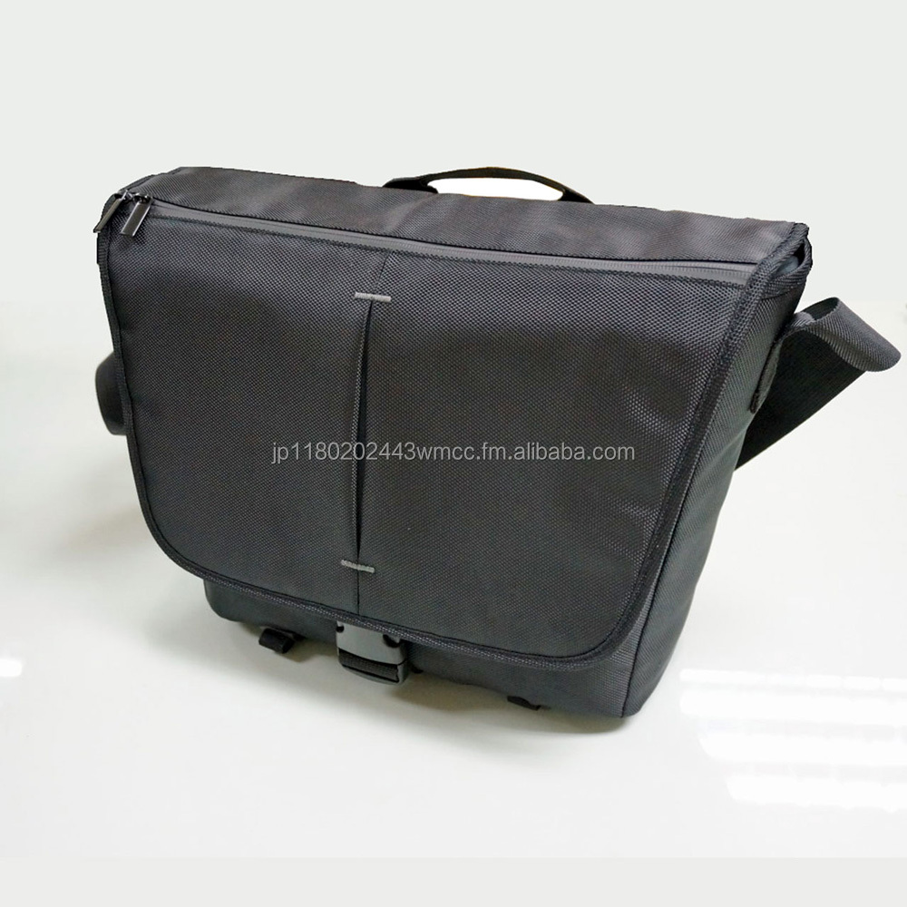 Messeger Camera Bag / DSLR Camera bag