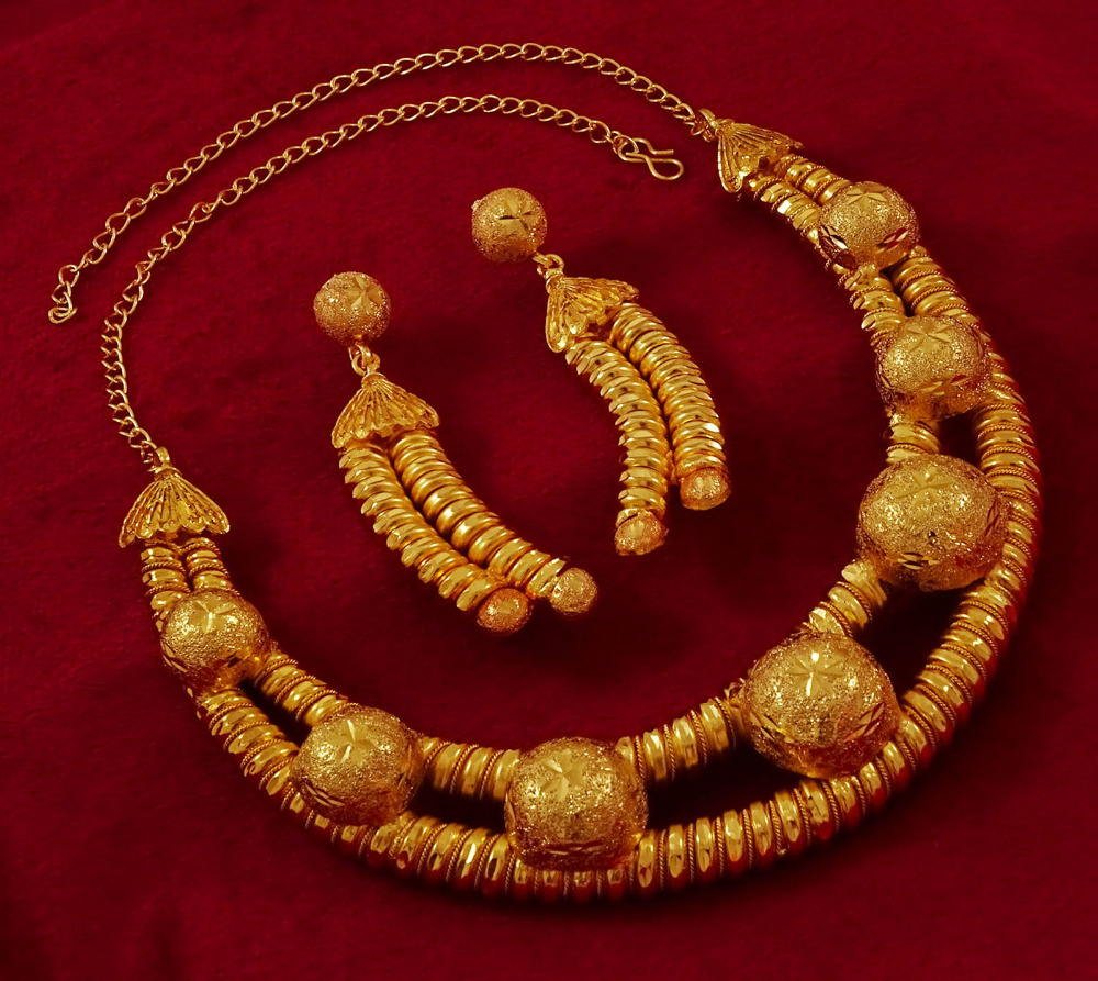 18K Goldplated Indian Women 2PC Necklace Earring Set Traditional Party Jewelry IMRB-BNG165A