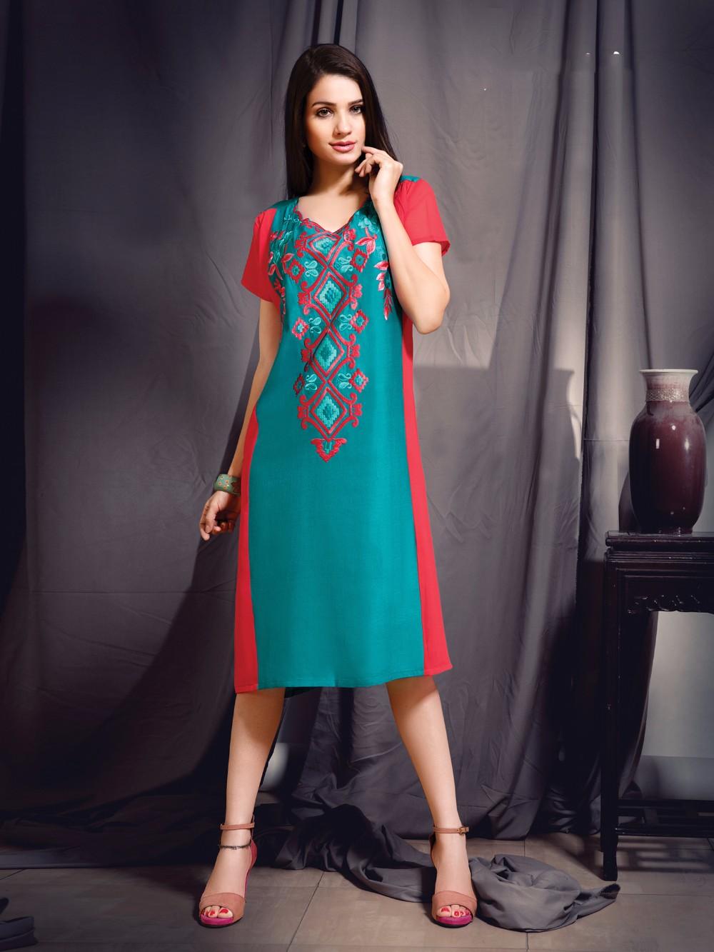 Indo Western Dresses - Designer Tunic Manufacturer & Wholesaler From ...