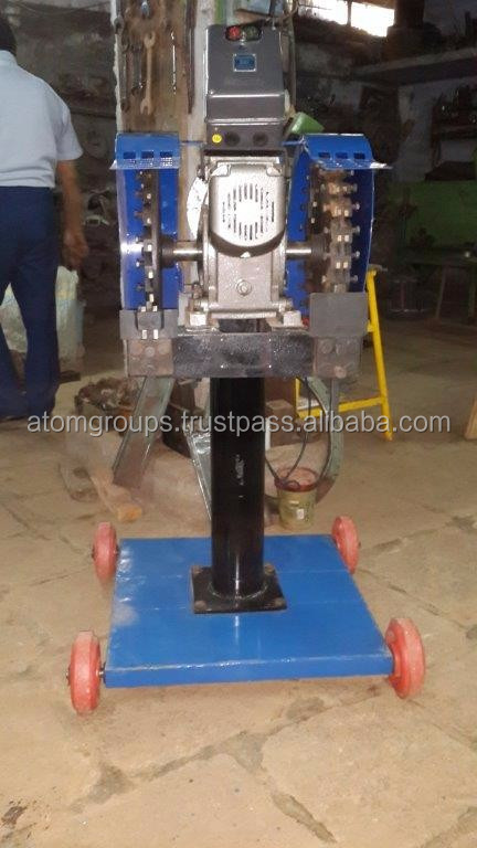 Coconut deshelling machine for coconut husk removing No. VX - 4