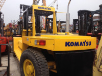 new arrived used best price offered komatsu 20t 25T 30T forklift