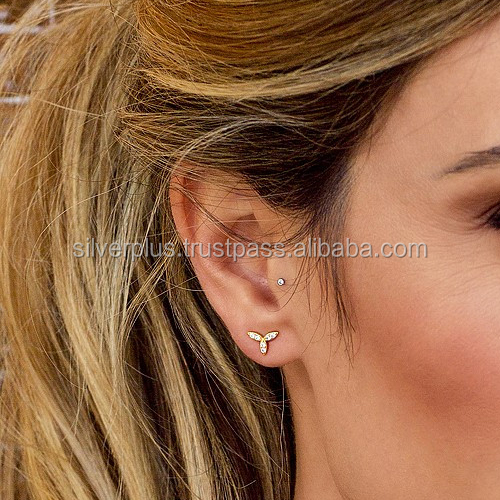 14k Gold Natural Diamond Tiny Delicate 8 mm Flower Stud Earrings
