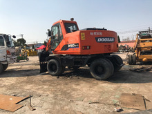 Original korean made excavator Daewoo Dh130 used wheel excavator in hot sale in shanghai