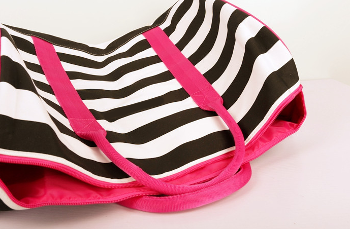 Durable stripe canvas duffle bag ISO9001:2008 High Quality