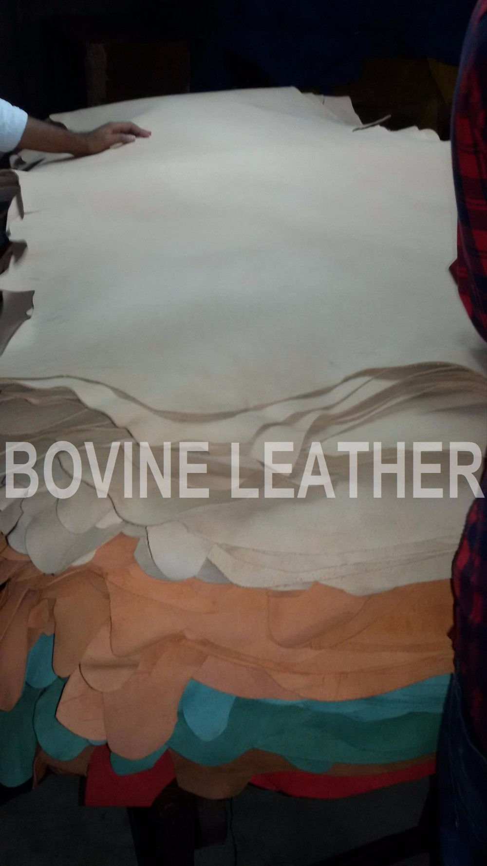 Handbag,Sofa,Furniture,Garment,Luggage,Shoes,Belt Use and Cow Skin Material genuine cow crust leather
