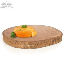 chopping board mango wood round shape natural color.