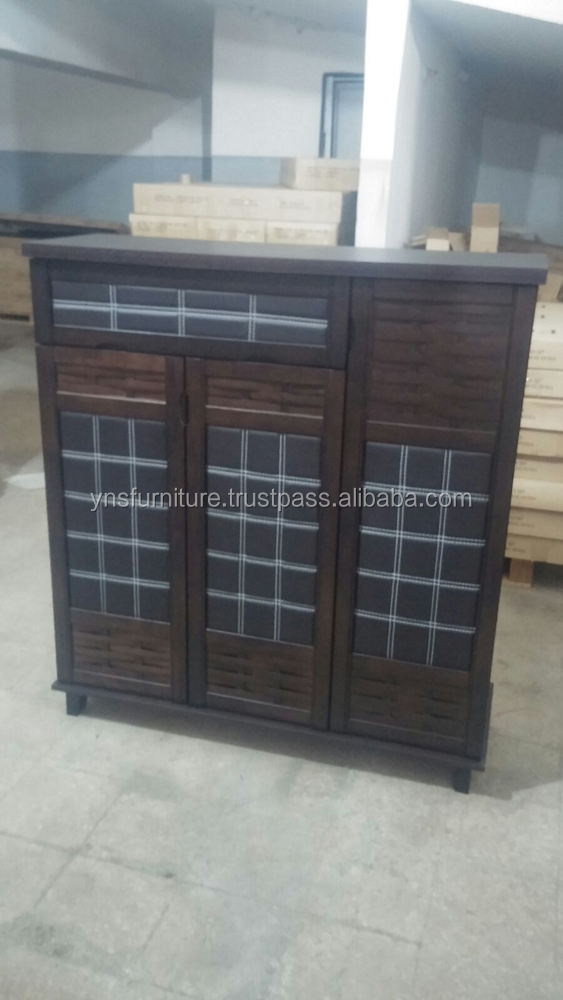 Elegant cushion 3 door Shoes Cabinet with solid top