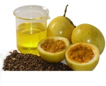 Passion fruit oil(Maracuj)for reduce sebum secretion, promoting a drier skin feel anti-acne and sensitive skin care application