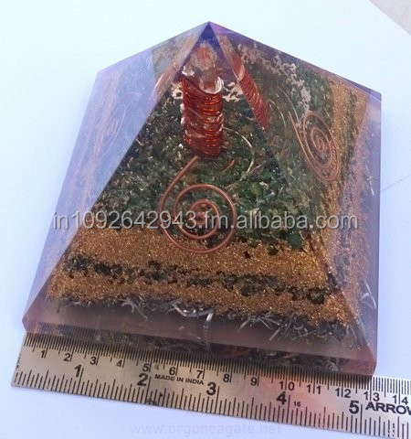 Orgonite Malachite Pyramid With Powerful Crystal Point Pyramid shaped Orgone Wholesaler and Supplier