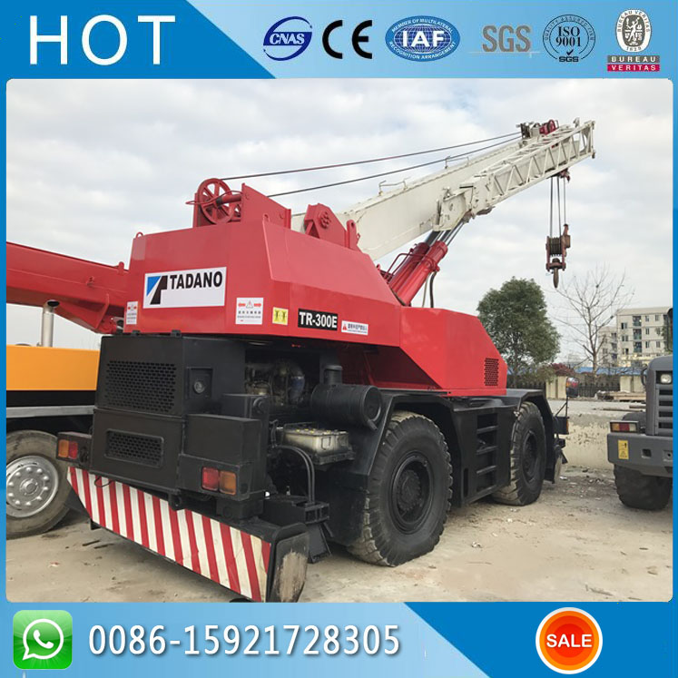 Hot Sale Four Tire Red Color Tadano Used RT Rough Terrain Crane 30 Ton TR300E
