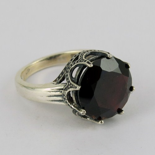 Genuinely Very Negotiable Price Discounted Jewelry !! Red Garnet Fine Silver Sterling Jewelry in 925