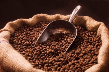 Good Quality Robusta coffee, Arabica coffee. Roasted and Green