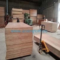 hard wood core/ melamine or phenolic glue/ meet IICL standard/keruing truck flooring