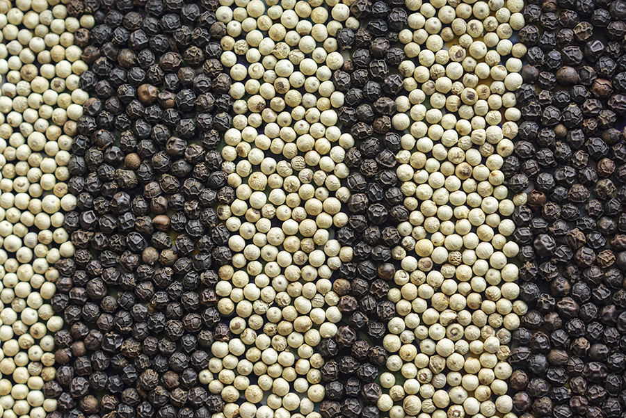 Black and White Pepper Good prices Black Pepper and White Pepper For Sale