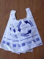 Vietnam Custom Printed HDPE Plastic T Shirt /Vest Carrier for UK Market