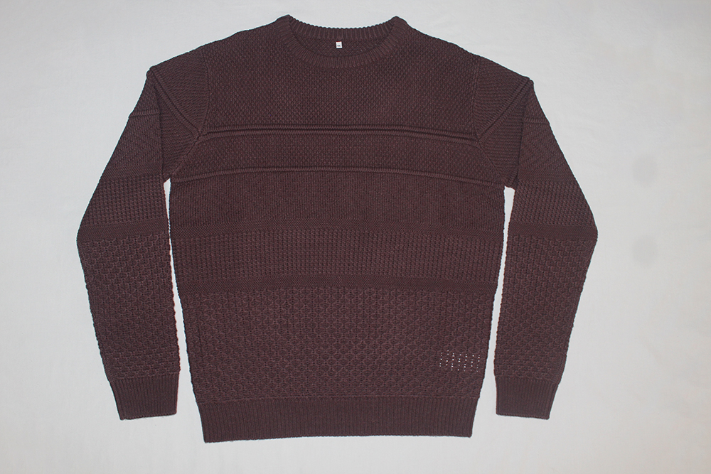 Men's Round Neck Pullover with special stitching maroon