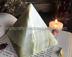 Light Green Onyx Pyramid in Great Discounted price