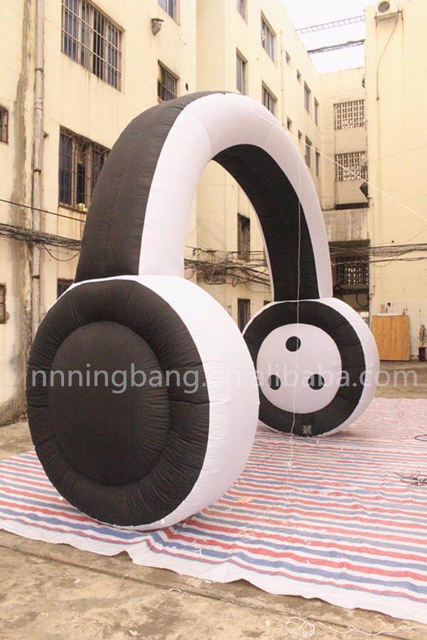 giant inflatable headphone for advertising