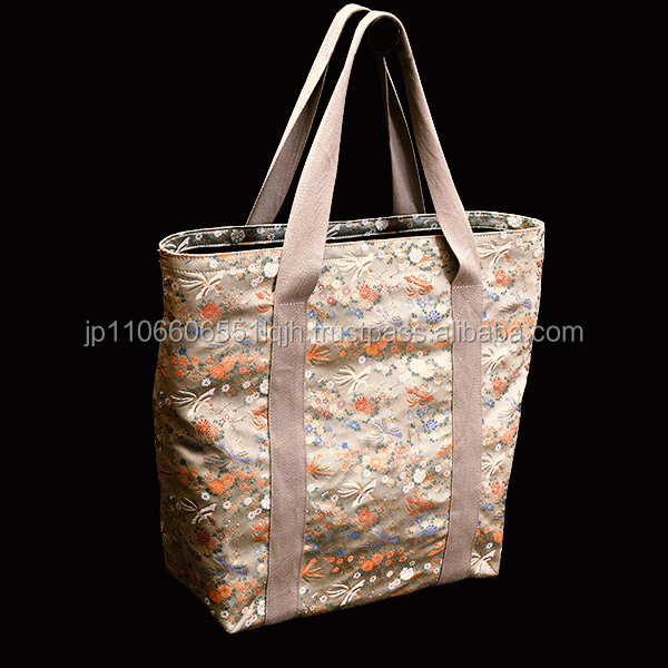 High class gold brocade women hand bags made in Nishijin of Japan