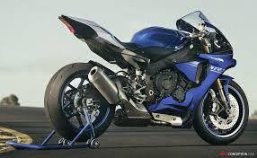 Used 2017 Yamaha YZF-R1 Supersport Motorcycle