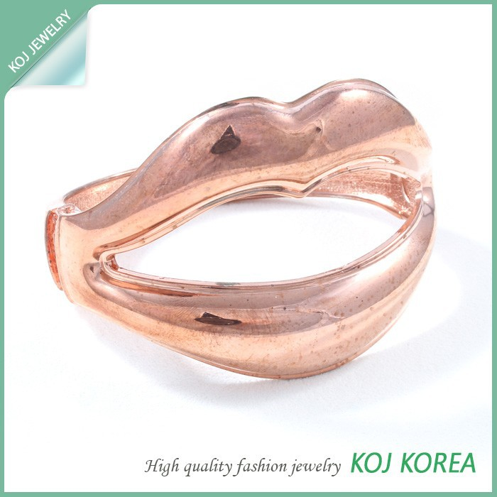 KR-551 Pink gold plated lip bangles