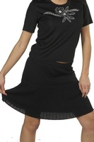 women black color pleated skirt above the knee