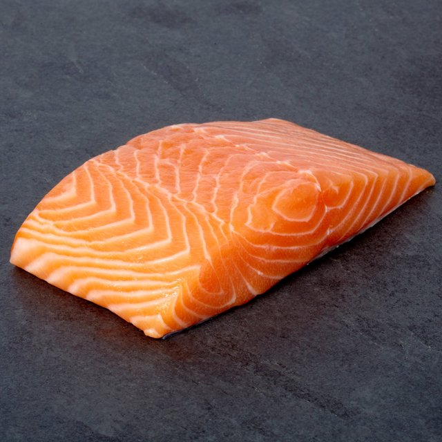 GRADE A FROZEN AND FRESH SALMON FISH for bulk supplies