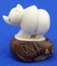 White Polar Bear Figurine Hand Carved Animal Tagua Nut Sculpture Carving Statue Ecuador Vegetal Ivory Art