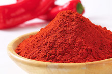 Whole Pods & Ground Powder /Sweet Paprika/Sweet Red Pepper