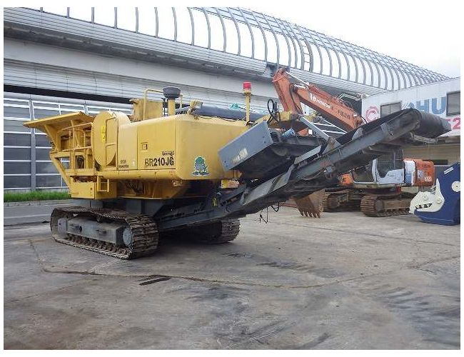 < SOLD OUT>USED KOMATSU JAW CRUSHER BR210JG-1 FROM JAPAN