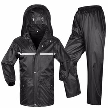 Top Quality Nylon Water Proof Rain Suit with Detachable Hood for Men / Women Winter 2018