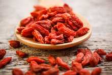 New crop ningxia certified organic dried goji berry goji berry price