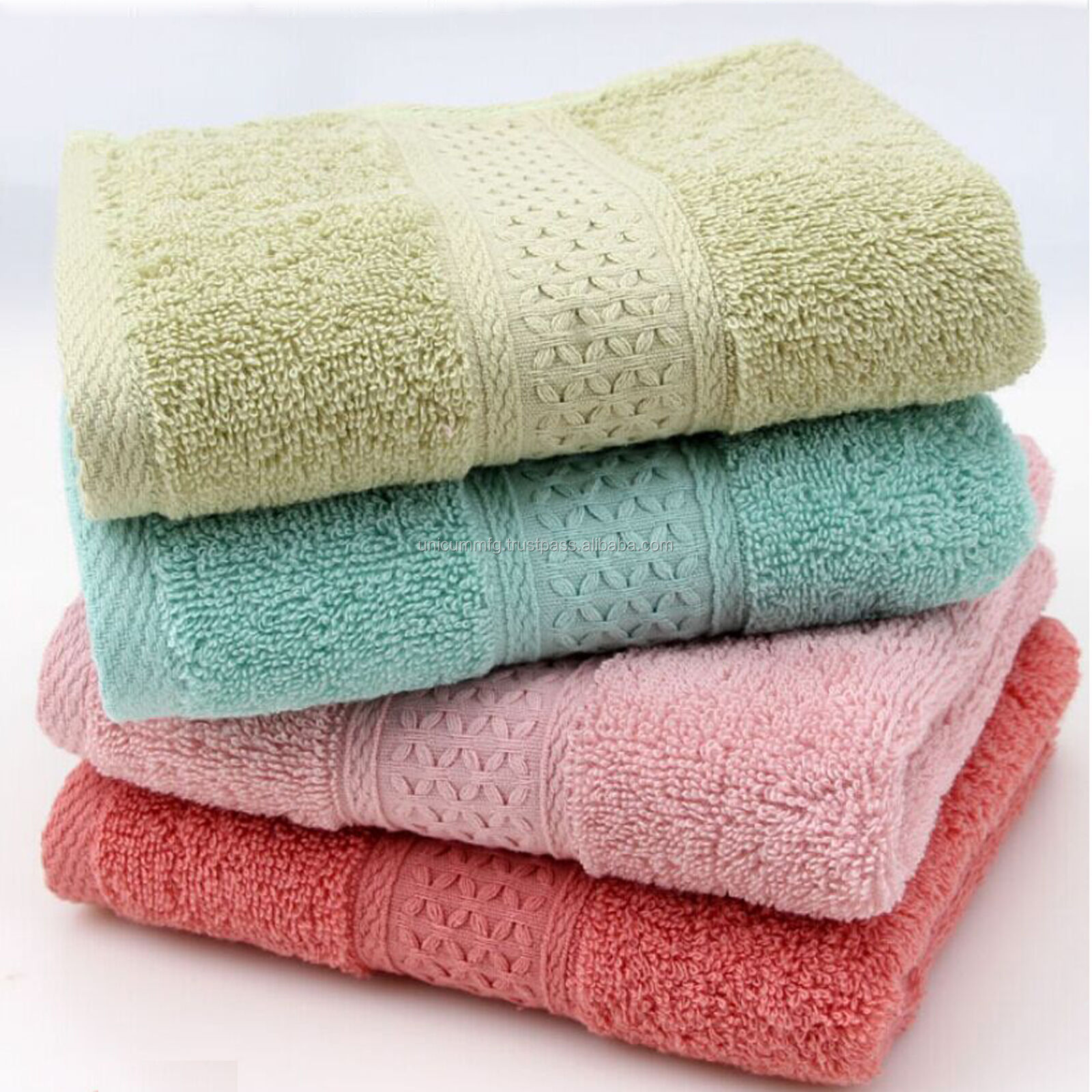 Bath Towels Cotton White 24 x 48 Pool Gym Towels Wholesale Lot Utopia Towels