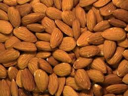 Organic Bitter Almonds / Almond nut /Almonds kernel for snack and beverages