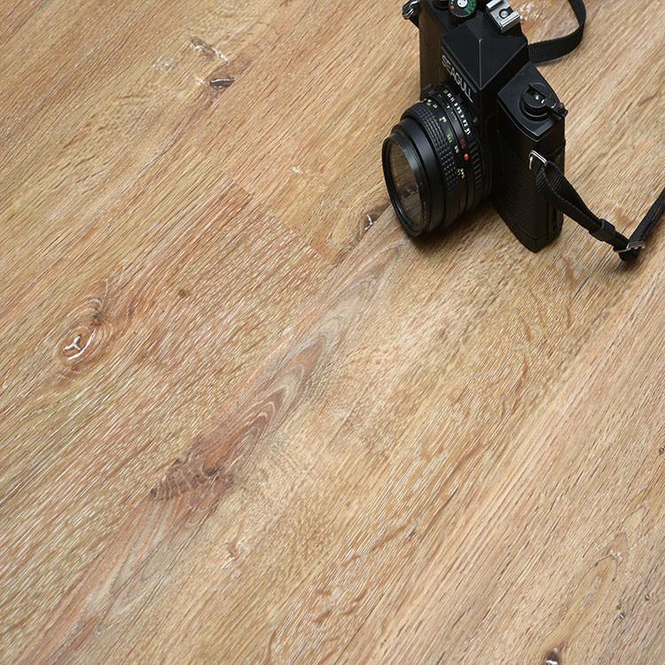 Best price anti slip wood texuture Lvp uv coating unilin click  pvc plank flooring.jpg