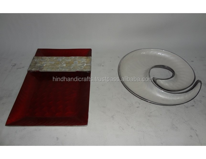 Aluminum Serving Tray With Enamel Finish And Prawn Fish Style Serving Bowl 1411