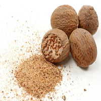 100% Natural Aromatic Essential Oil Nutmeg Oil Best Price Wholesale