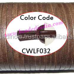 Leather Cords 2.5mm flat, regular color - light tan brown. Weight: 550 grams. CWLF25032