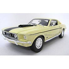 Easy to use Maisto 1:18 SE Ford Mustang GT Cobra 1968 Die cast minicar with multiple functions